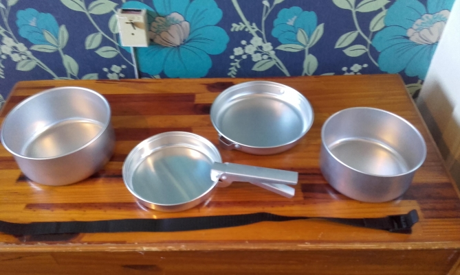Wild_Camping_Pots_Pans