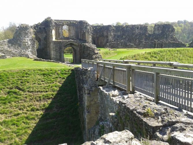 Helmsley Castle 5