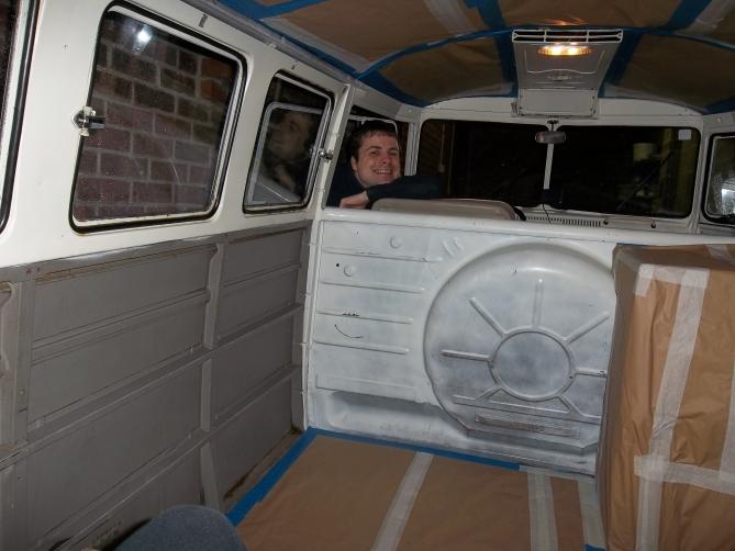 VW-Splitscreen-Camper-Resto-Inside-14