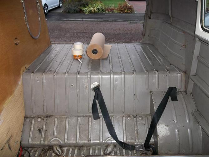 VW-Splitscreen-Camper-Resto-Inside-9