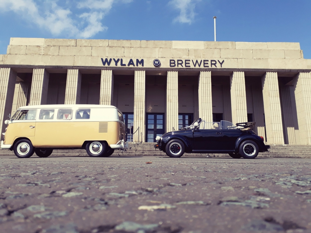 Beetle and Camper outside of the Wylam Brewery